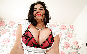 Large Boobed Brit Mature Mega-bitch Getting Very Mischievous