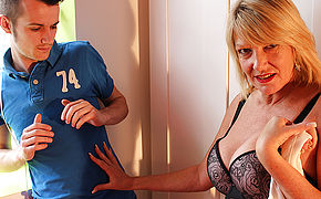 Brit Housewife Boned By Her Plaything Guy