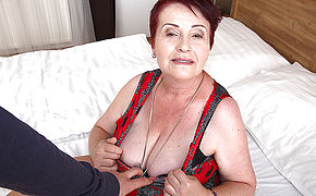 Chubby Hairy Mature Female Getting Romped In Point Of View Style