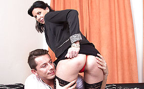 Nasty Housewife Humping Her Plaything Stud
