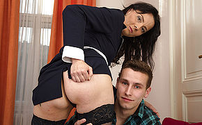 Kinky Housewife Inhaling And Boinking Her Plaything Stud