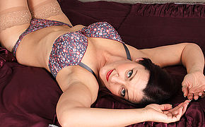 Insane Brit Housewife Toying Alone