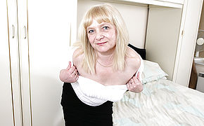 Insane British Mature Doll Getting Wet And Horny