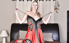 Mischievous Canadian Housewife Frolicking With Herself