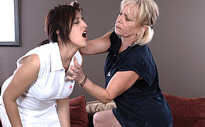 Ultra-kinky Mummy Stunner Instructing Her Super Hot School Woman A Lesson