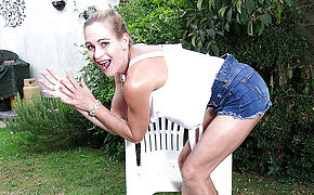 This Hot MILF Loves Washing Herself In The Garden
