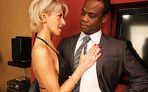 Best Cougar Want Naughty Ebony Rip Up