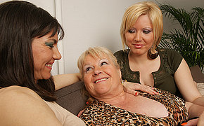 Three Sexy Older And Youthfull Dykes Love Each Other