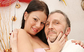 Steamy First-timer Youthful Gets Drilled By An Mature Dude