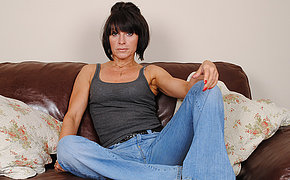 Adorable British Mature Playing With Taut Vulva