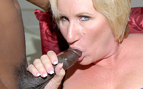 Memorable Woman Getting Two Ebony Peckers At The Same Time