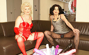 Two Mummy Damsel Pleasing Her Cooter On The Bed