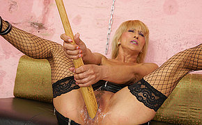 Brilliant Blonde Woman Getting Fisted By A Wicked Tart