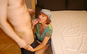 Unbelievable Wife Likes Nailing And Doing Oral Job