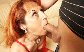 Molten Wife Has Her Bum Crammed With Juices