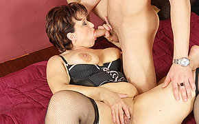 Torrid Granny Gets Creampied Adorably