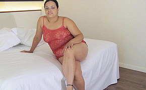 Thick Old Damsel Barbara Becomes Playful