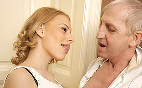 Outstanding Mature Man Doing A Super-steamy Hoe