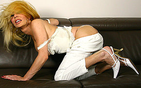 Horny Blonde Housewife Tugging With Her Penetrate Stick