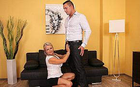 Sugary-sweet Platinum-blonde Is Ready To Get Her Lovers Knob And Start Doing Deep Throat
